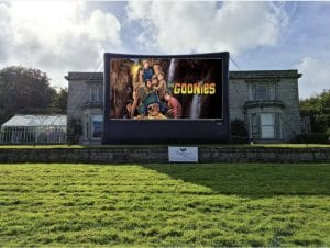 Drive in cinema a Scorrier House
